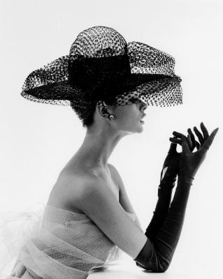 john-french-madame-paulette-net-hat-1963-207907